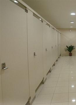 商场卫生间隔断
